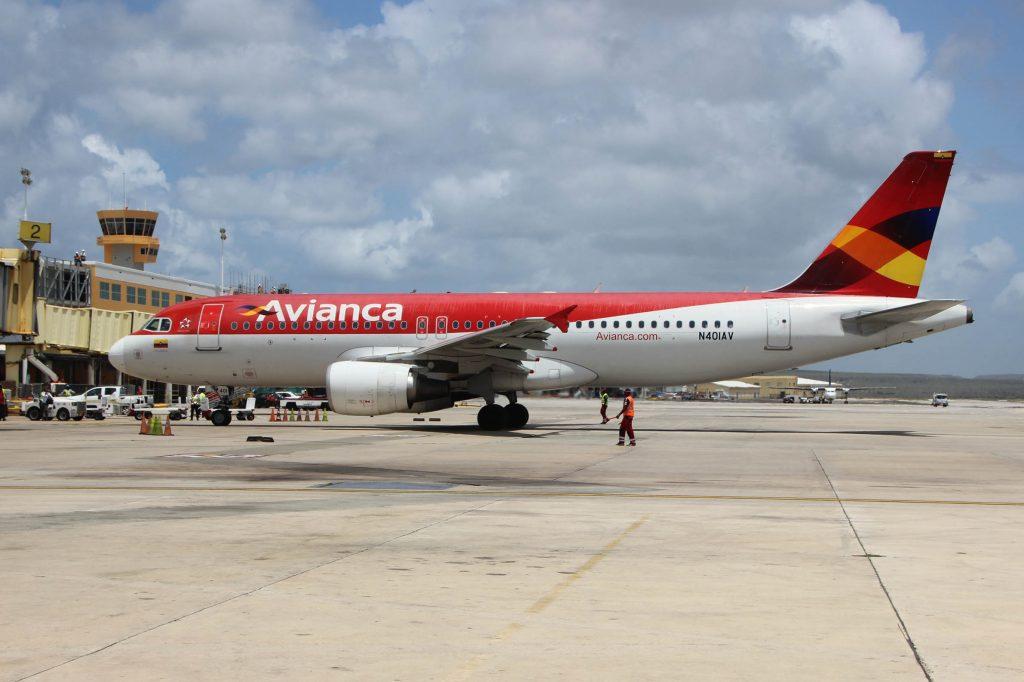 Colombiaanse Avianca schort vluchten Curaçao tijdelijk op vanwege corona
